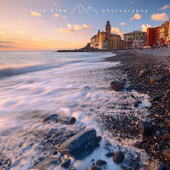 La spiaggia di Camogli al tramonto