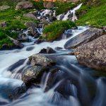 La cascata di Pian della regina, il monviso ed il Visolotto all'alba