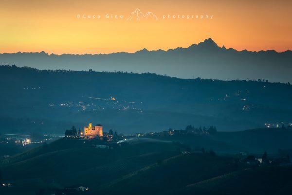 Il Castello di Grinzane Cavour ed il Monviso