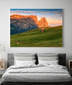 Lo Sciliar all'alba visto dall'alpe di Siusi