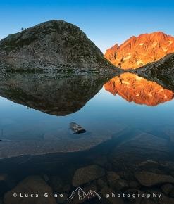 L'Argentera si specchia nel Lago Mediano di Fremamorta
