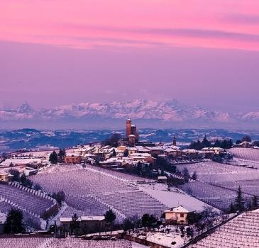 Le Langhe e Serralunga d'Alba in inverno