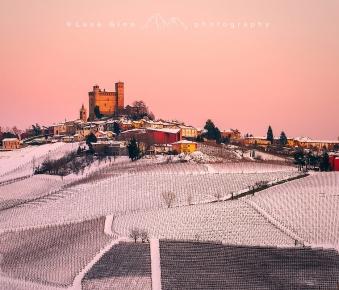 Serralunga d'Alba in inverno