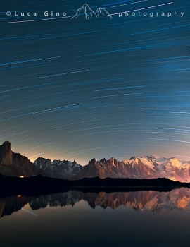 A night in front of Mont Blanc