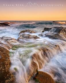 La scogliera di Capo Ampelio al tramonto