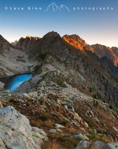 Il lago inferiore di Fremamorta all'alba