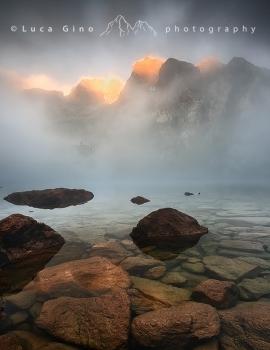 Le nebbie sul lago del Malinvern