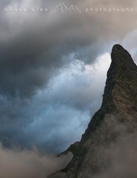 La Rocca fra le nubi